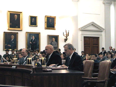 Jesse Ventura at the hearing on the future of WTO.jpg