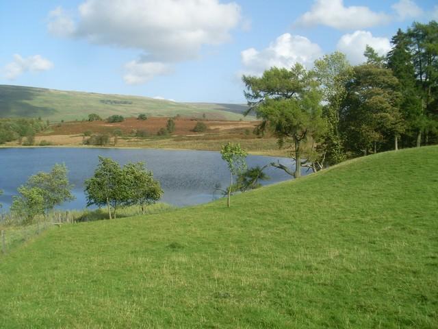 Loch Ardinning - geograph.org.uk - 2097870