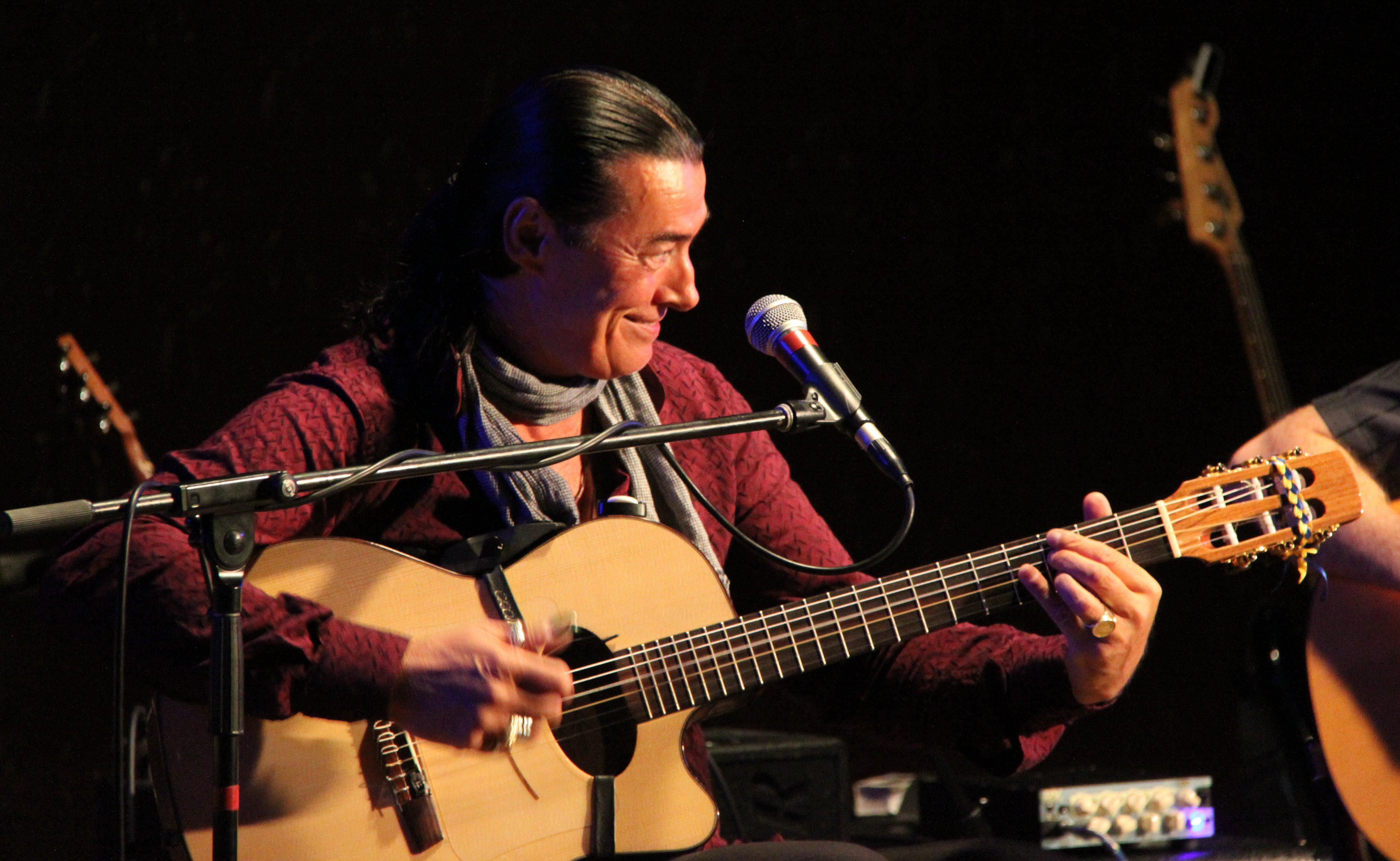File:Lulo Reinhardt, German gypsy-latin jazz musician on