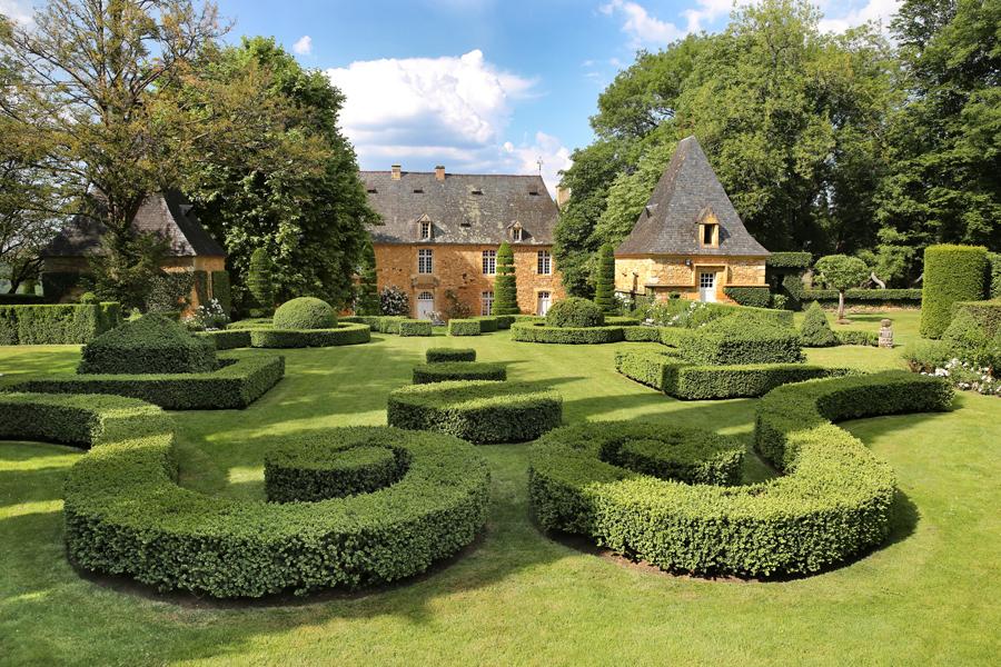 filemanoir deyrignac et jardin franaisjpg - Jardin D Eyrignac