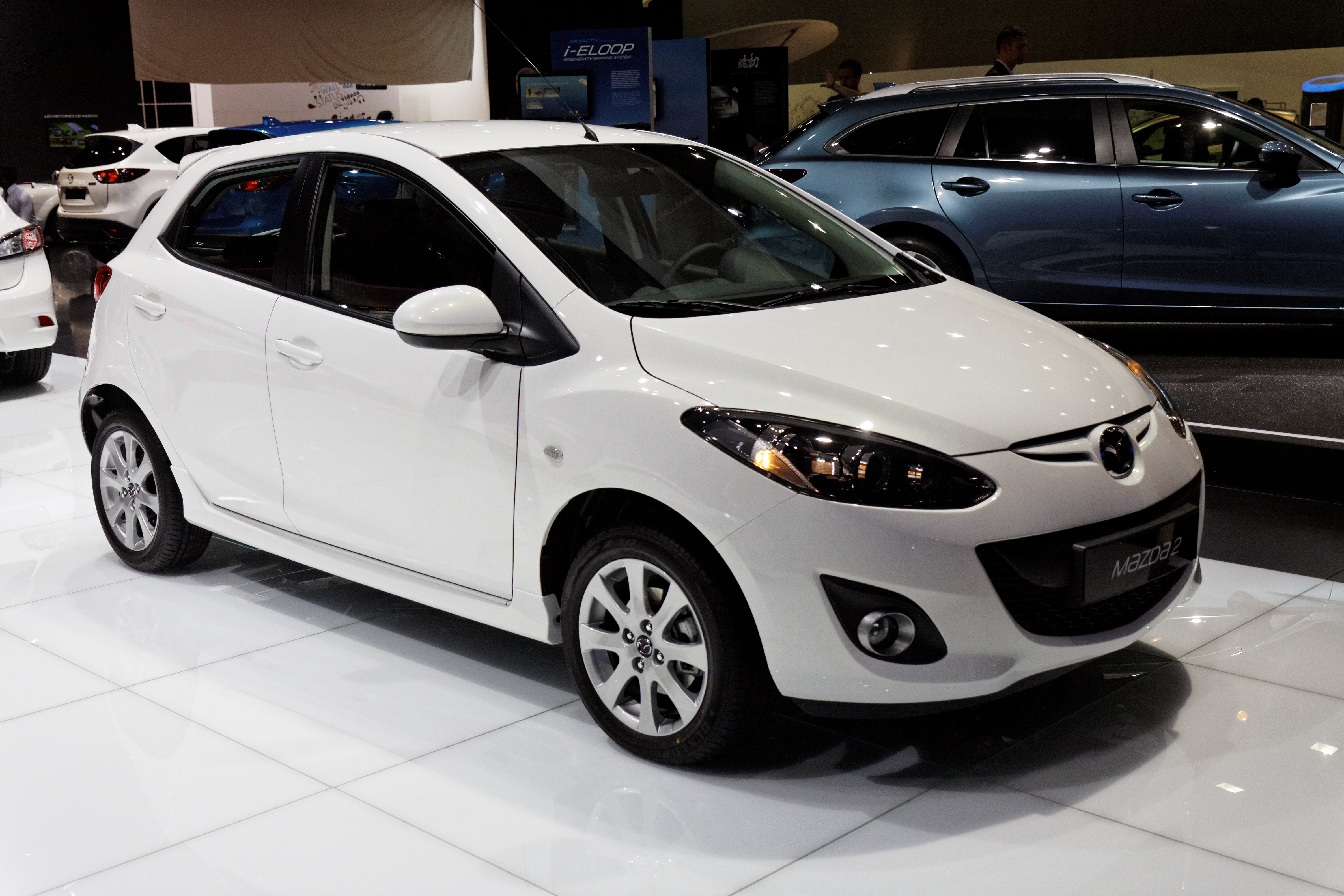 Research 2012                   MAZDA Mazda2 pictures, prices and reviews