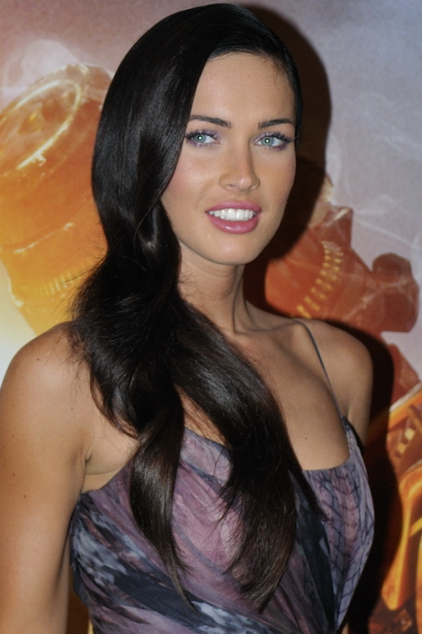 File:Megan Fox promoting Transformers in Paris 4 (cropped ...