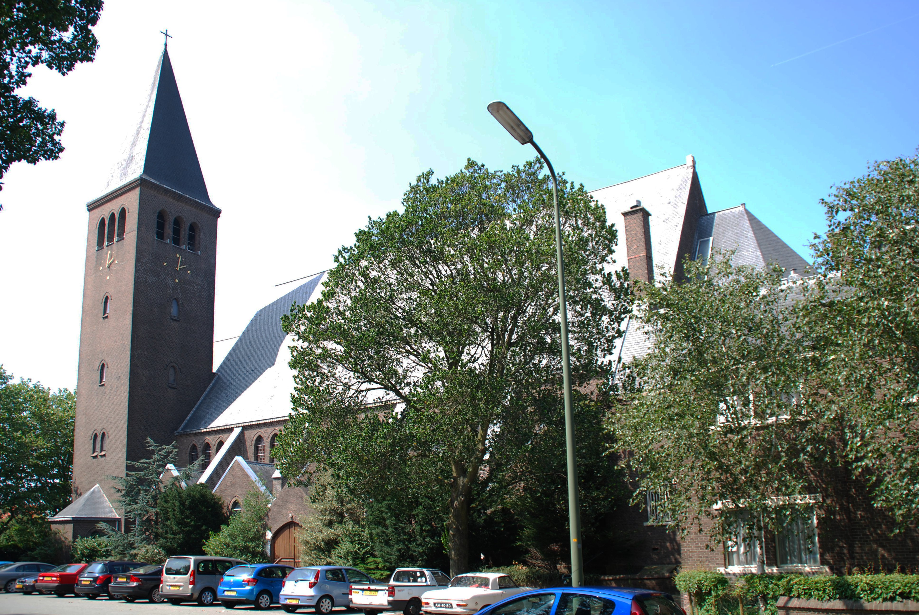 Sacrementskerk   Den Haag 2 Vluchthuis heeft nodig