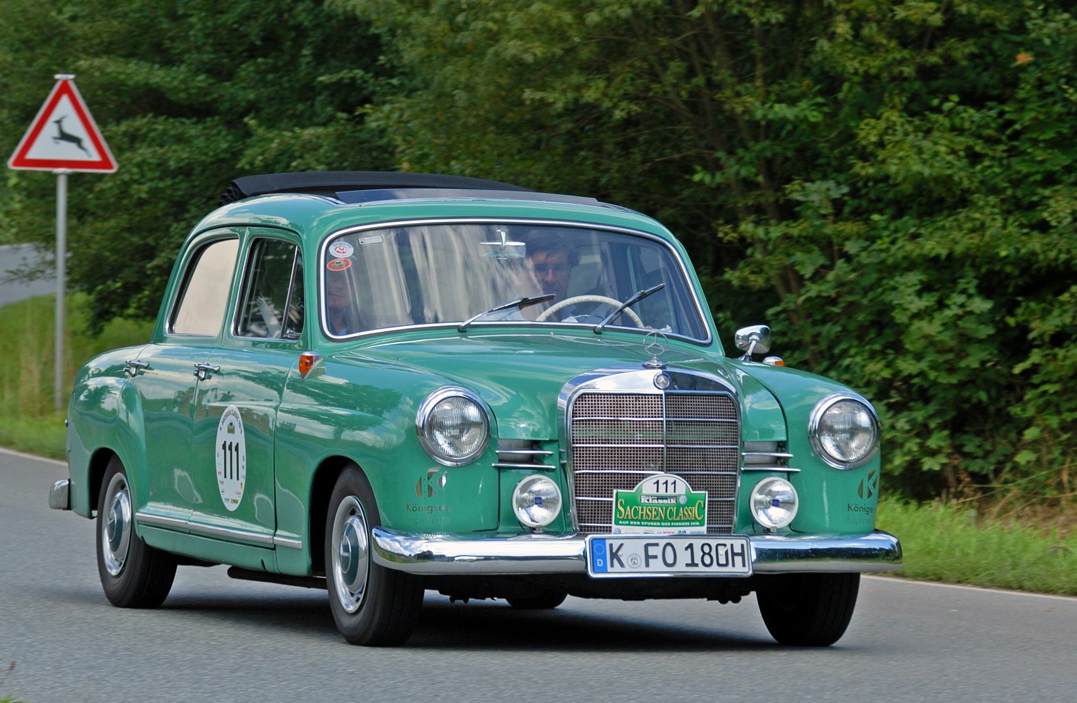 File saxony classic rallye 2010 mercedes benz 180 b 1957 for Rally mercedes benz