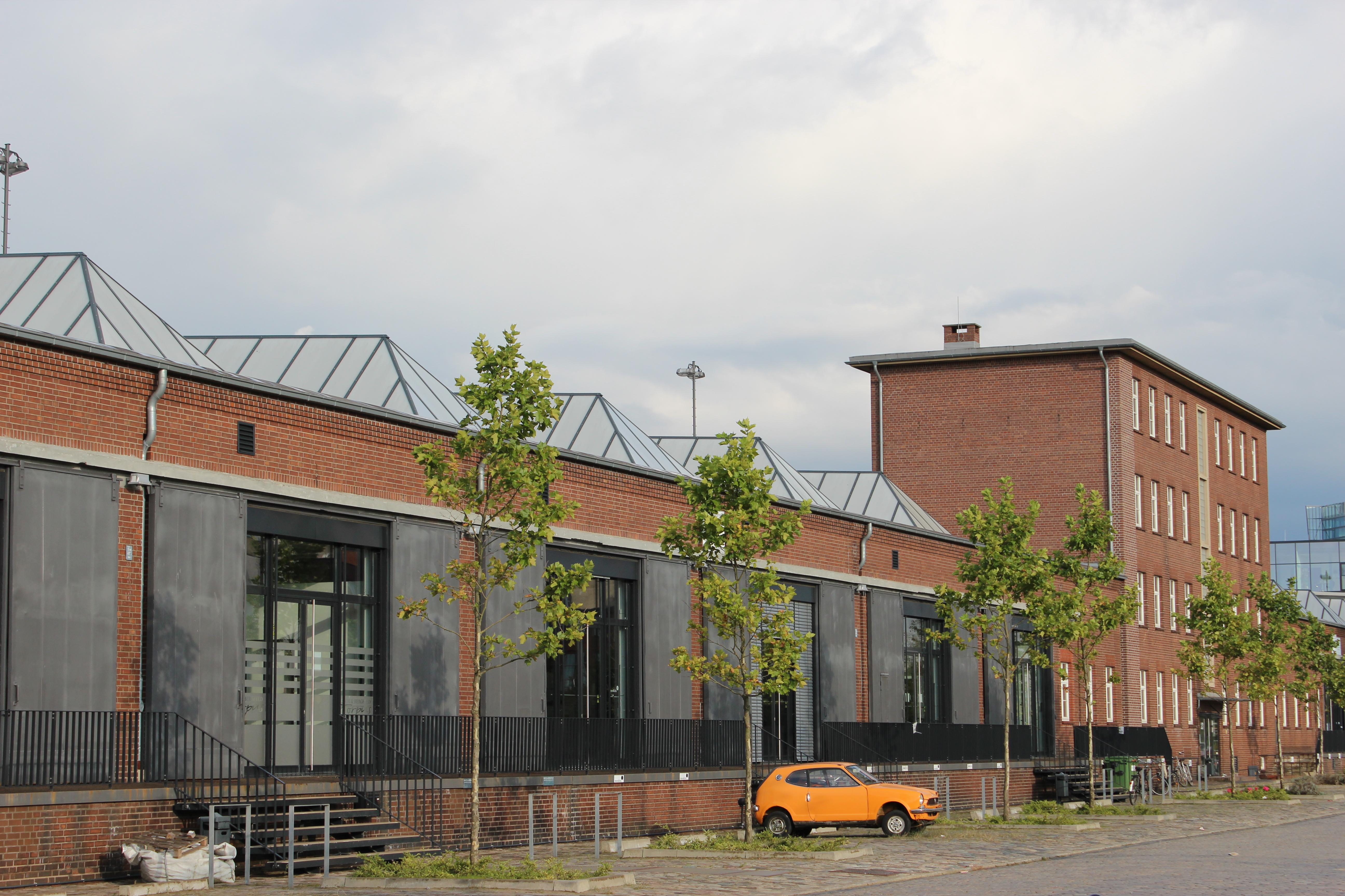 Datei:Schuppen 2 in Bremen, Hoerneckestraße 2.jpg – Wikipedia