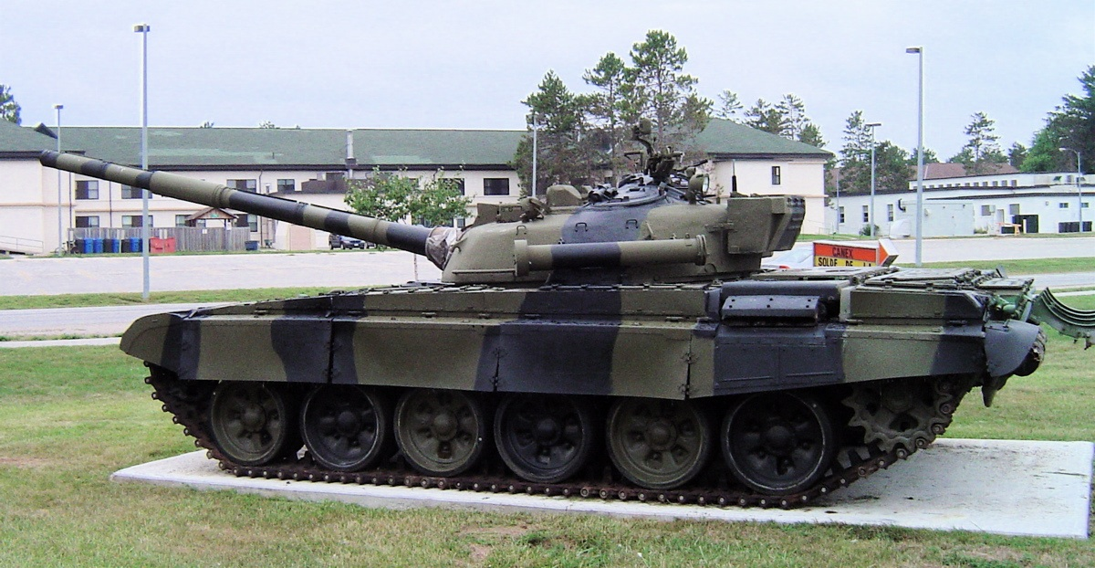 east german t-72