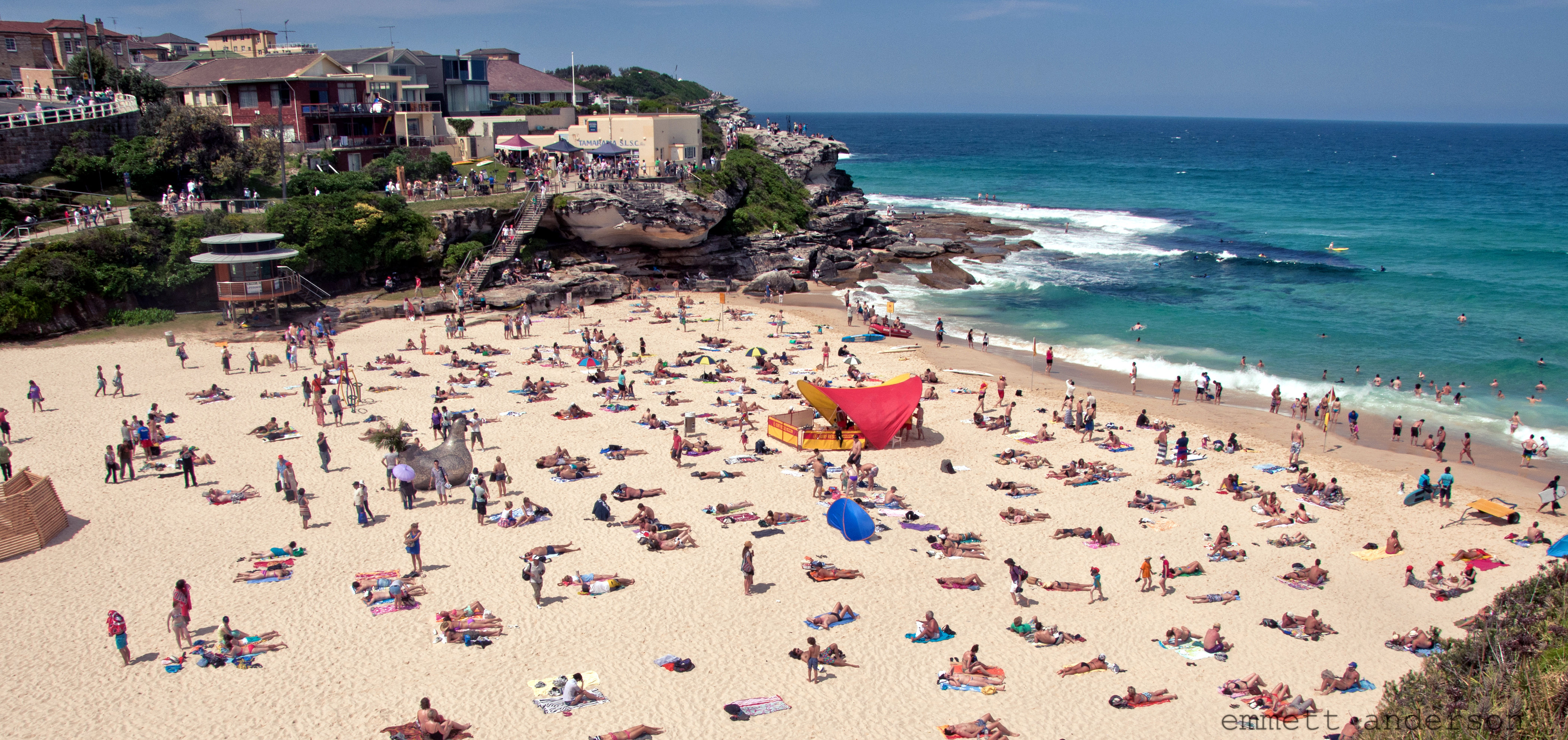 Tamarama Beach By emmett anderson [CC-BY-2.0 (http://creativecommons.org/licenses/by/2.0)], via Wikimedia Commons