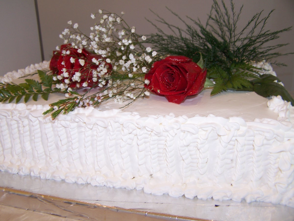 File Torta Con Flores Naturales Jpg Wikimedia Commons