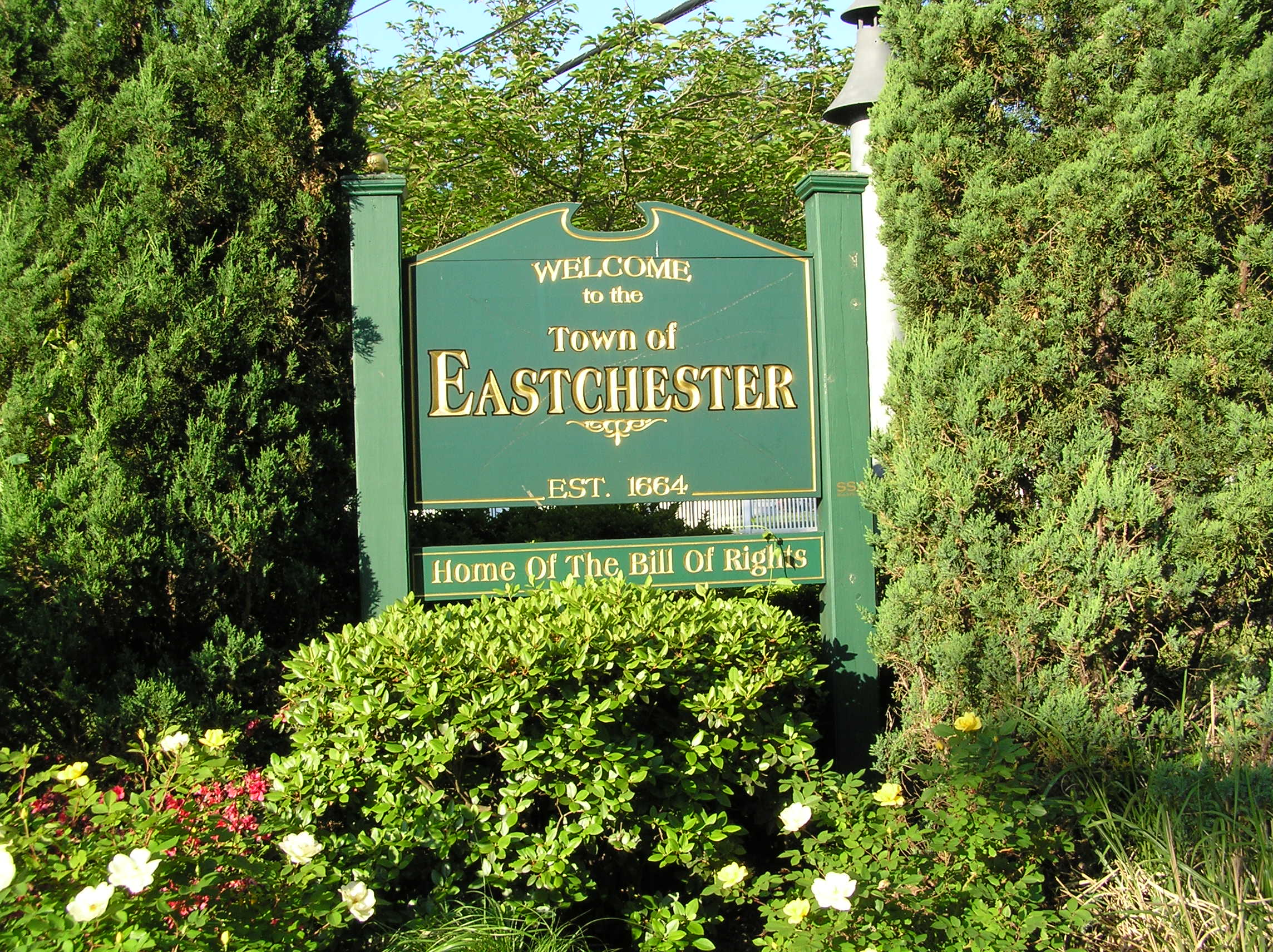File:Town of Eastchester Welcome Sign 2010.JPG - Wikimedia Commonseastchester town