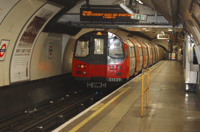 Train leaving Borough underground station - geograph.org.uk - 1522079