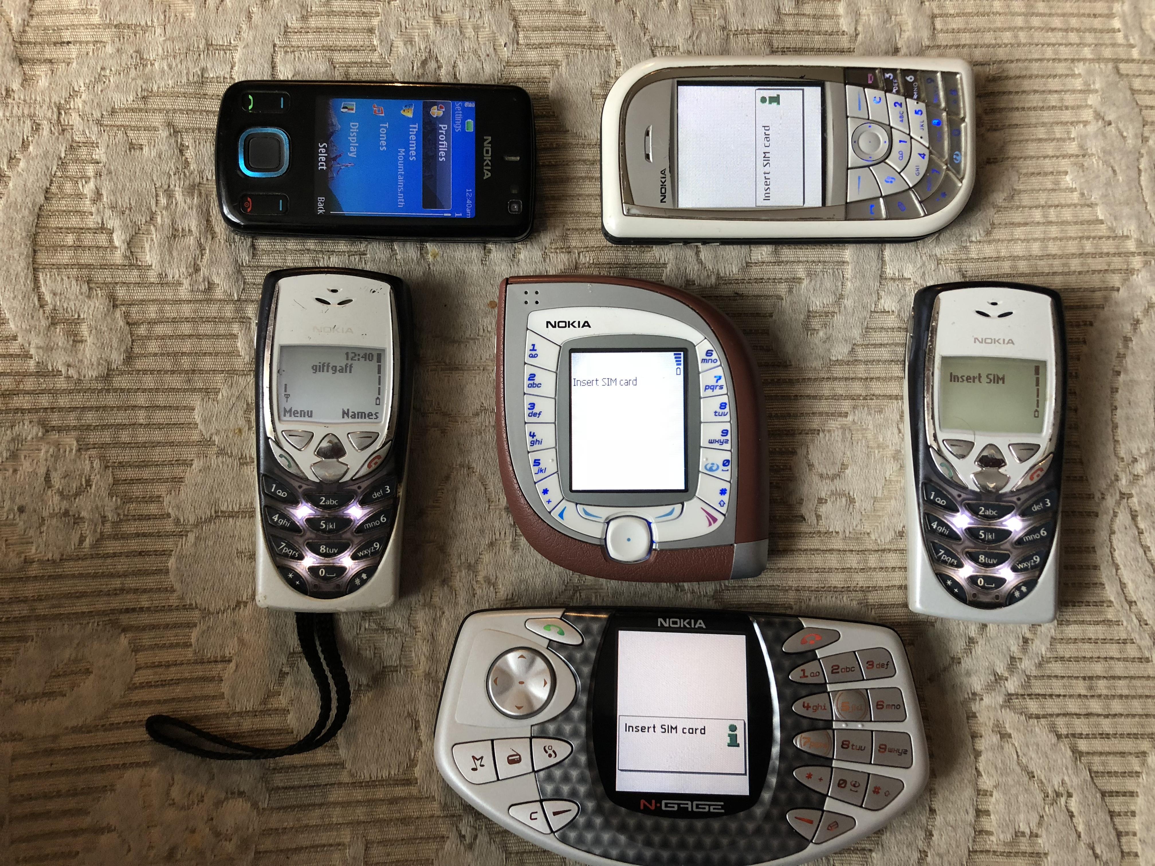 File Vintage Nokia Phones Jpg Wikimedia Commons
