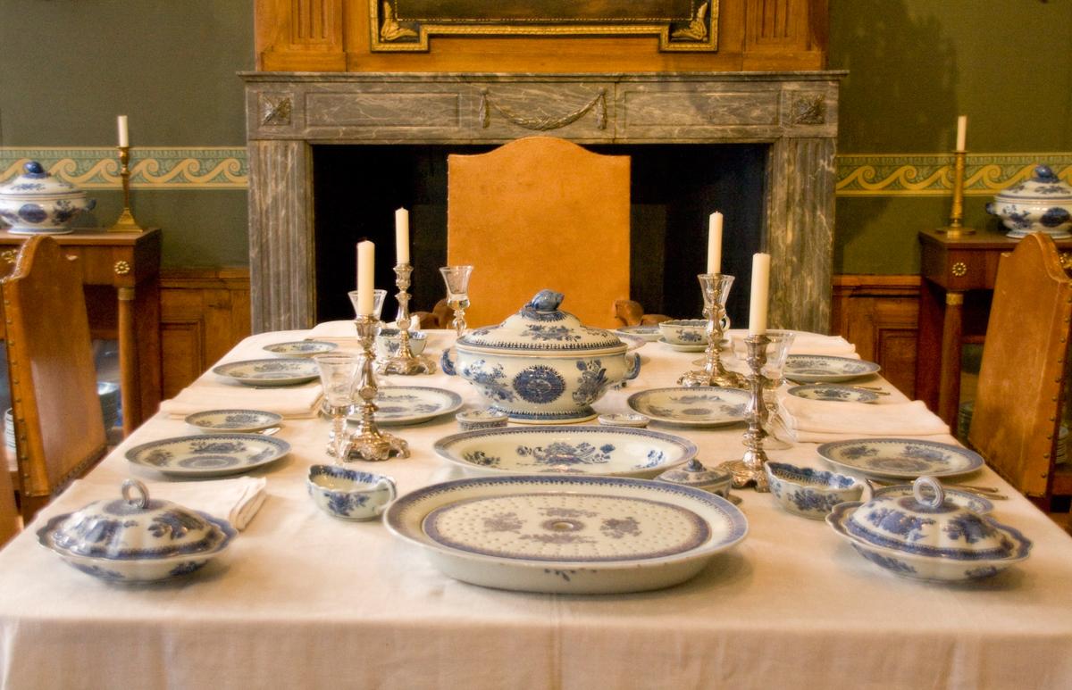 File WLANL   mwibawa   De gedekte tafel jpg   Wikimedia Commons