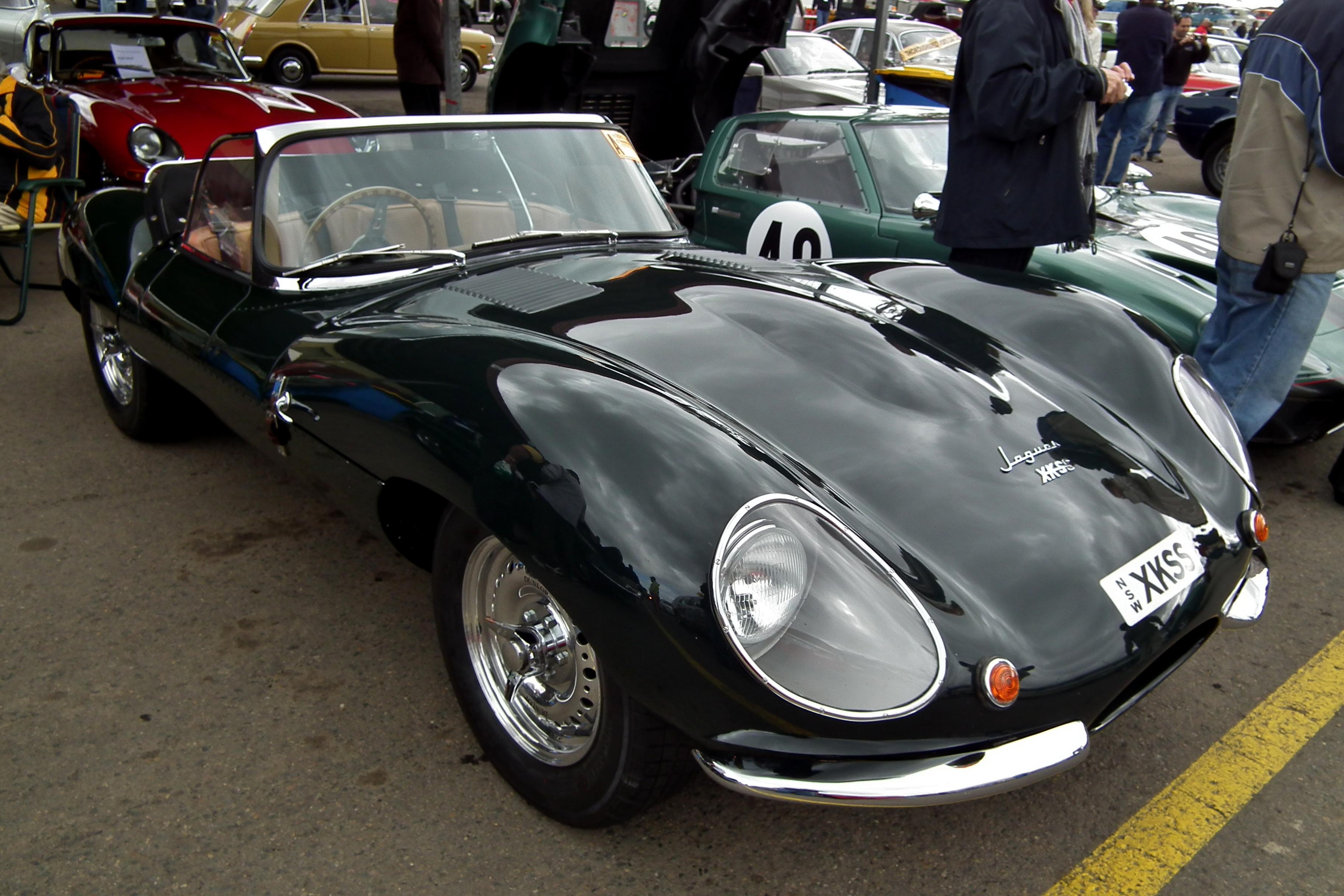 1957 jaguar roadster