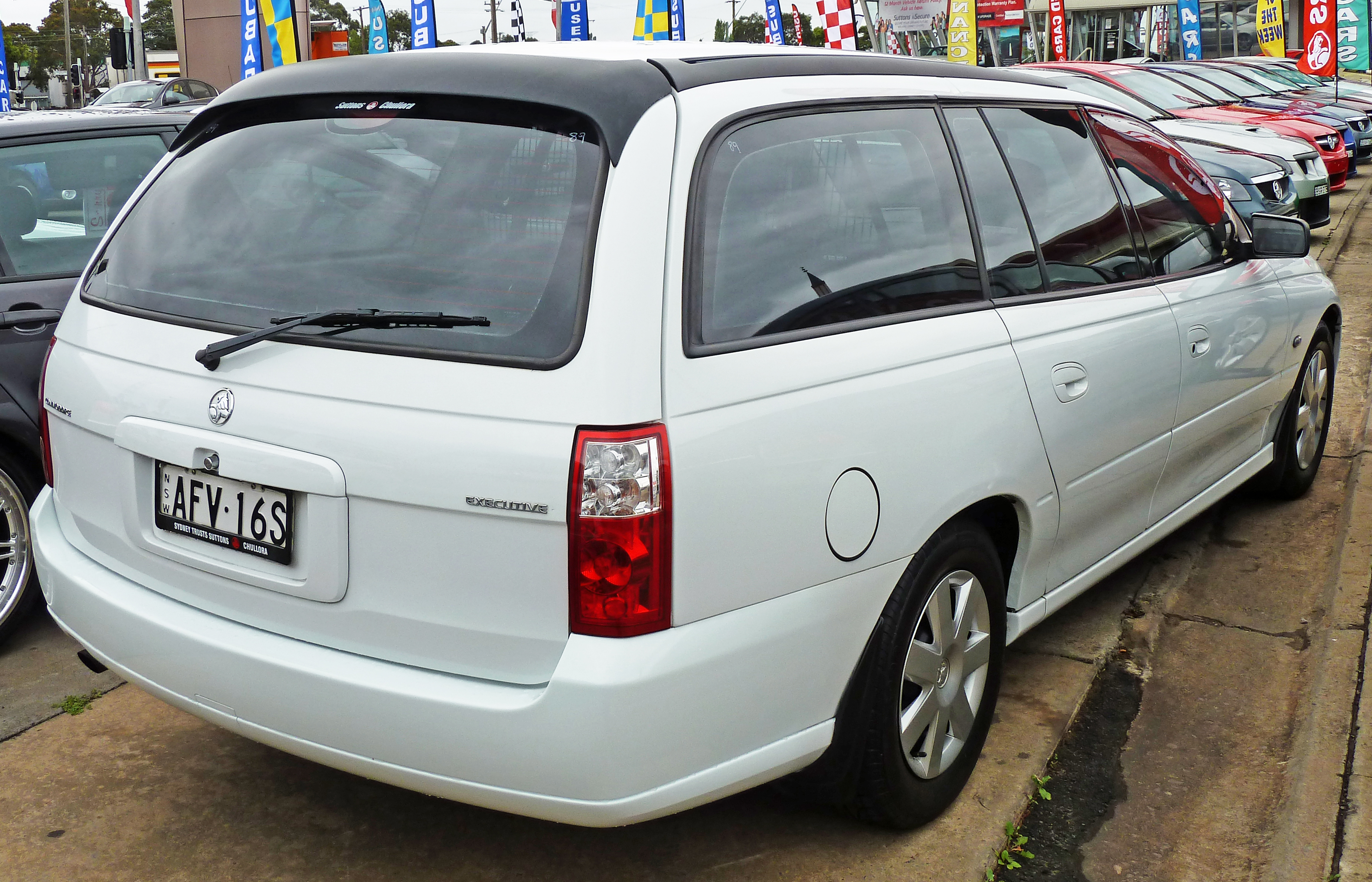File:2007 Holden VZ Commodore (MY07) Executive station wagon 01 jpg