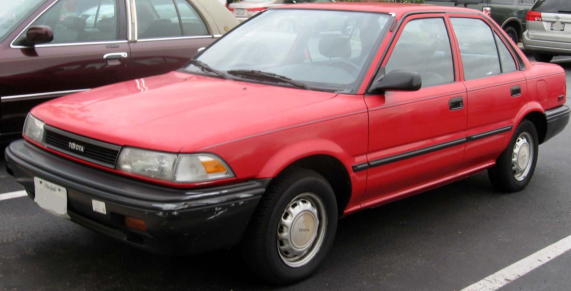 File 88 92 Toyota Corolla Sedan Jpg Wikimedia Commons