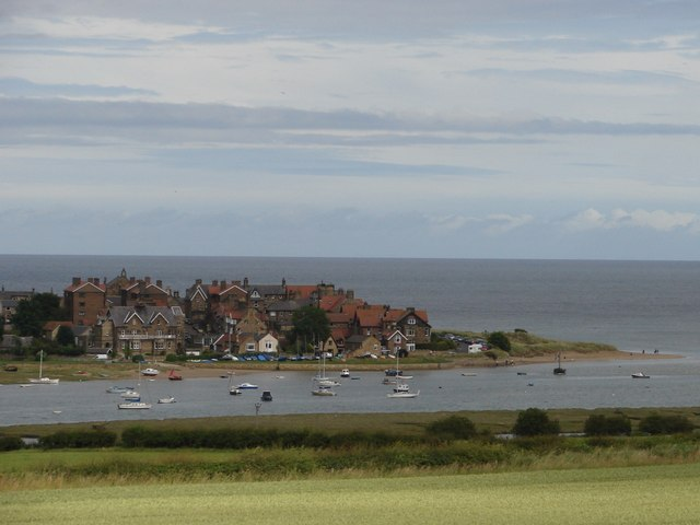 Alnmouth and the Aln Estuary - geograph.org.uk - 889333