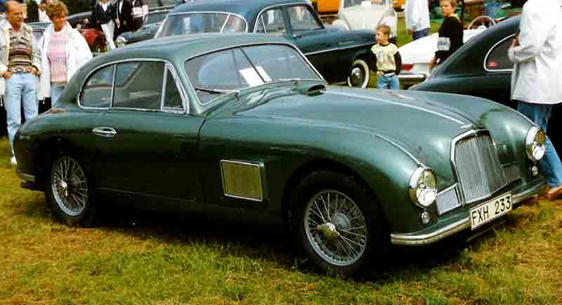 Aston_Martin_DB2_Coupe_1950.jpg