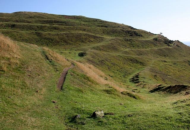 Boundary stones on Herefordshire Beacon - geograph.org.uk - 1417335