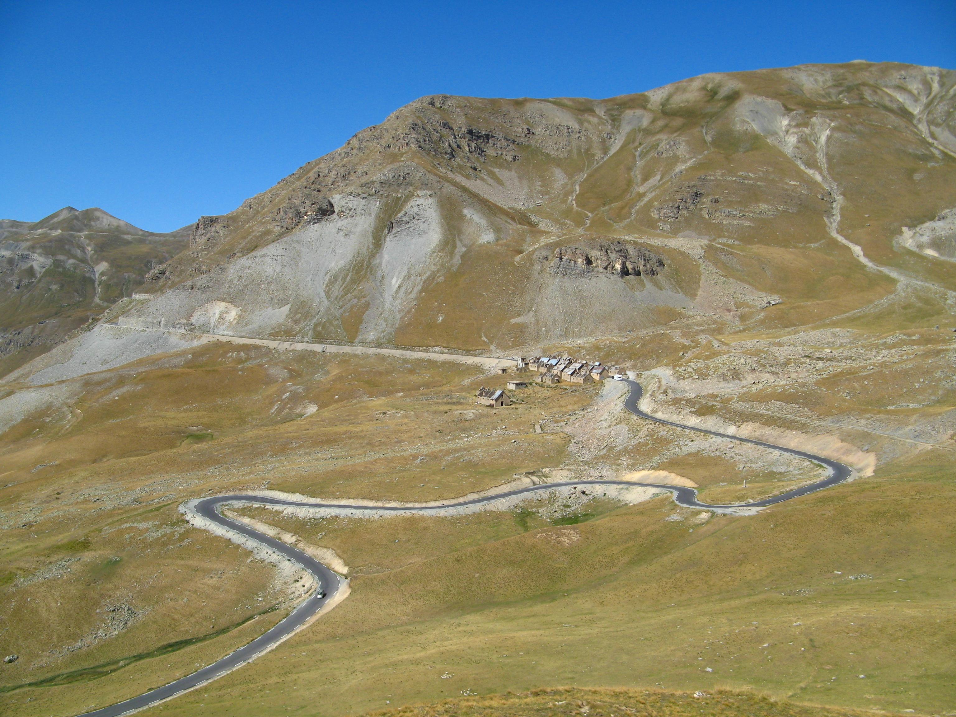Col de la Bonnette, driver's paradise