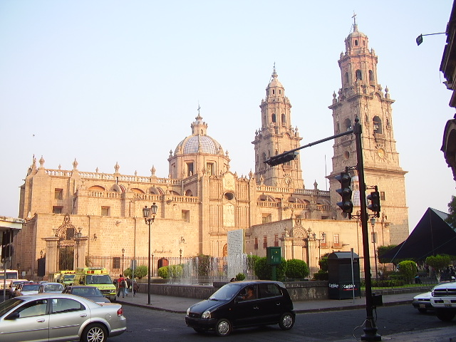 File:Catedral of morelia.JPG