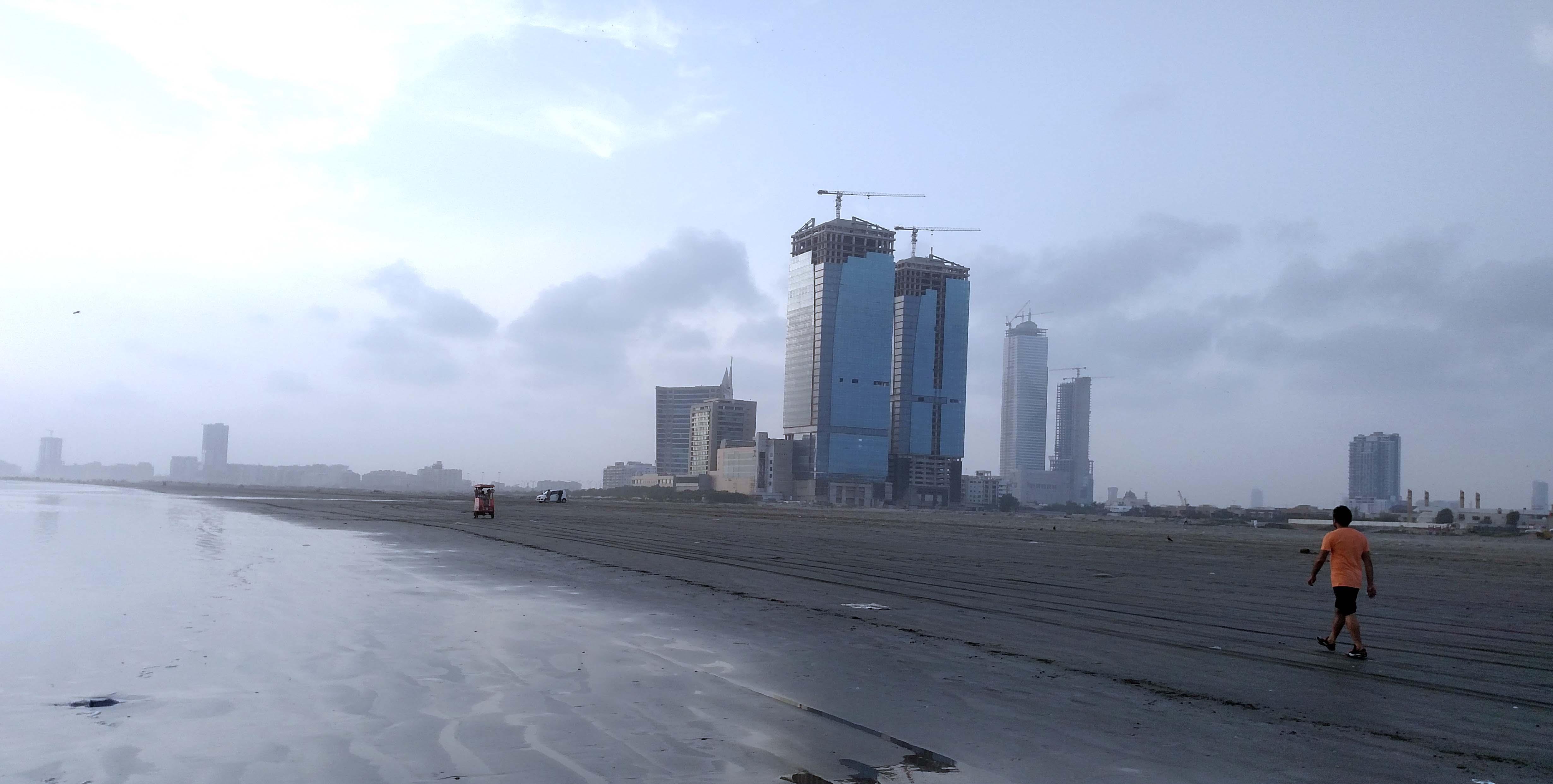 Clifton Beach, Karachi - Wikipedia
