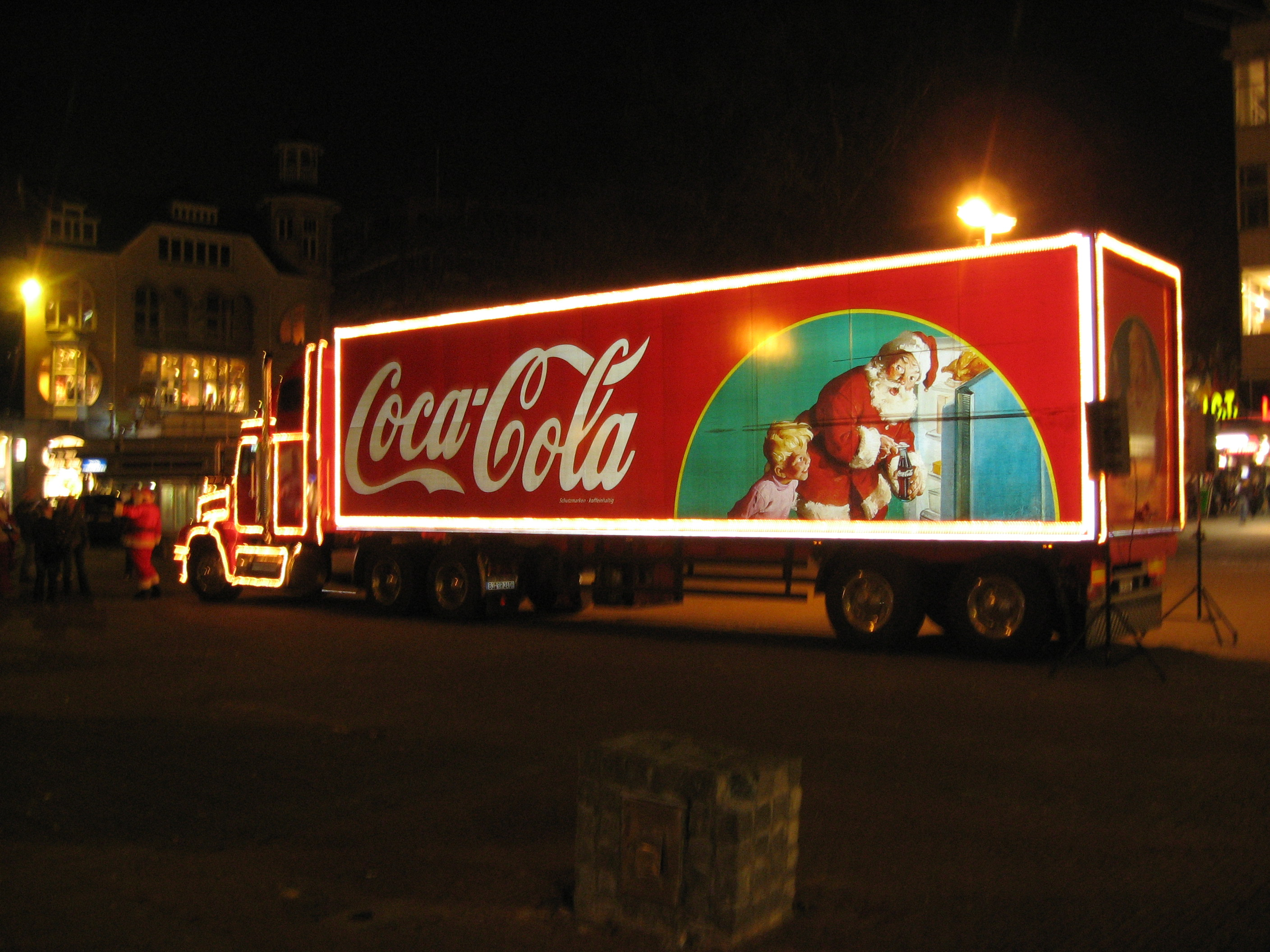 Christmas Coke Advert Coca-cola_truck