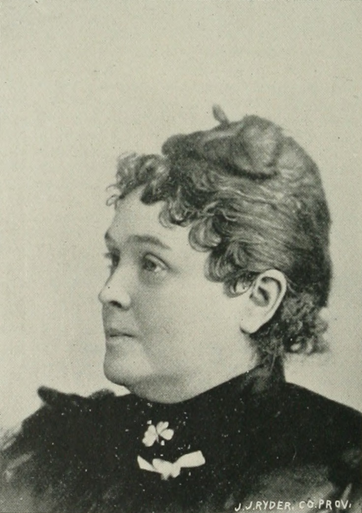 ELIZABETH J. SMITH A woman of the century (page 670 crop).jpg