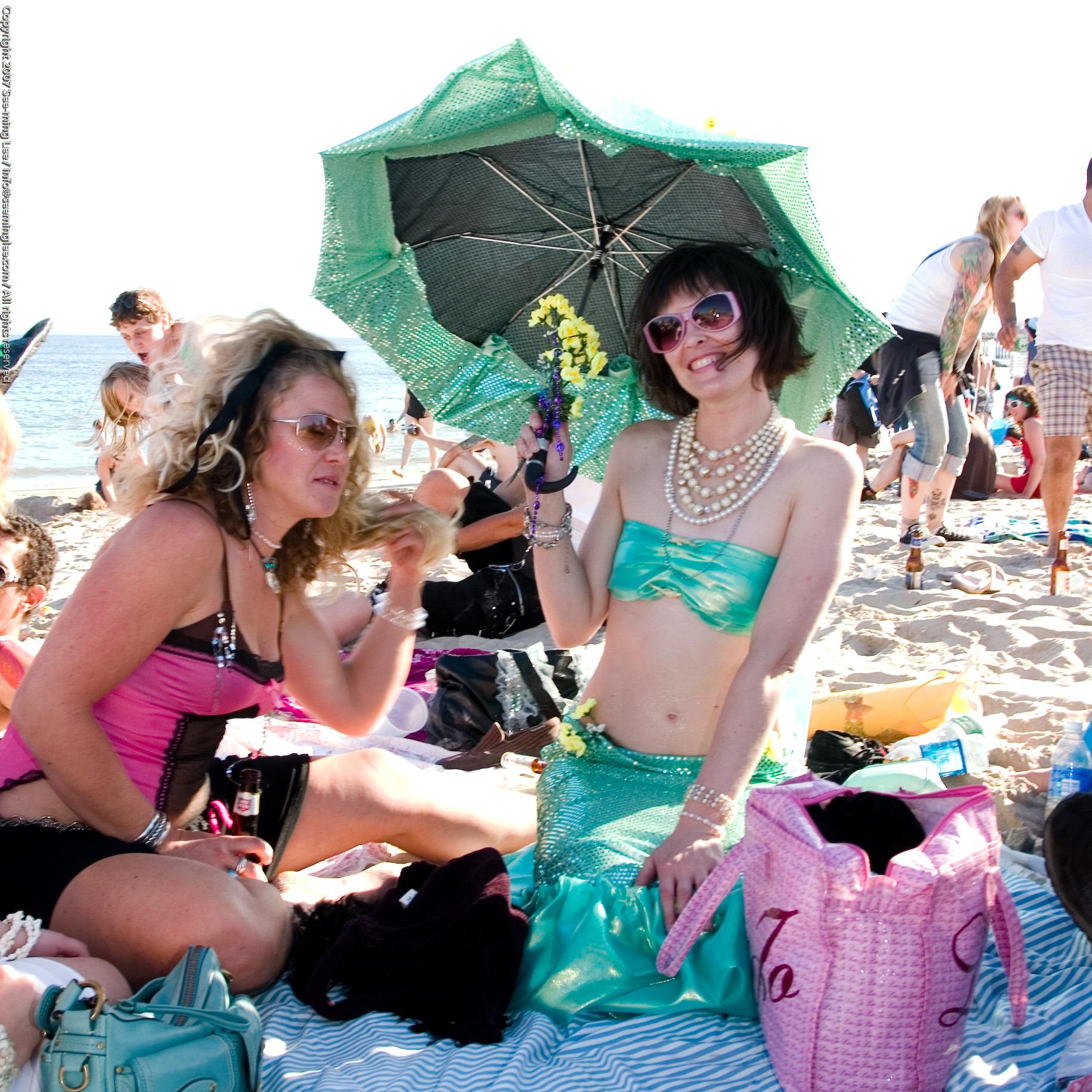 Relaxation / Coney Island Mermaid Parade 2007 / SML | Flickr