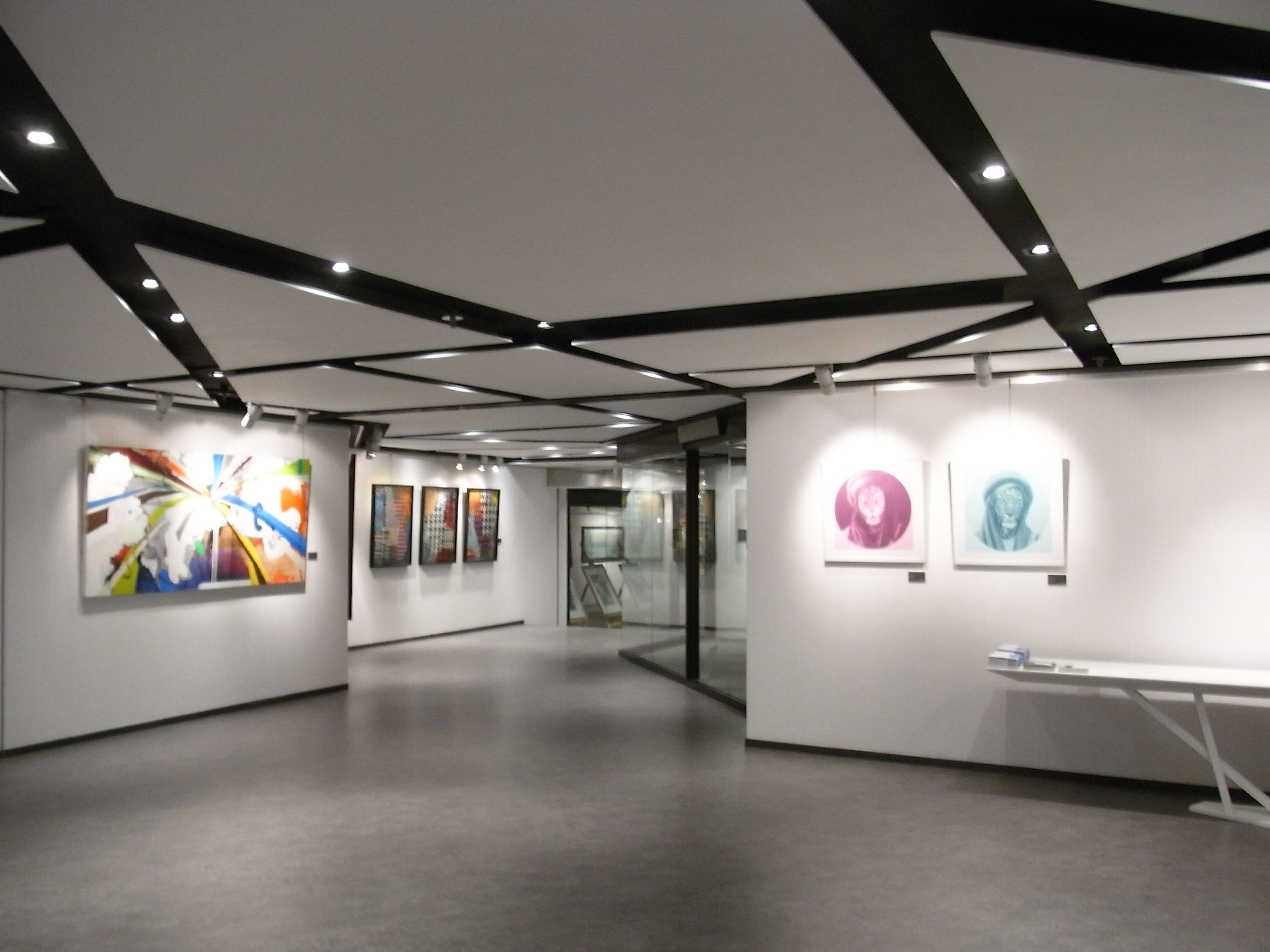 Charming File:HK Wan Chai North 灣仔北 Art One @ Convention Plaza Art Gallery Interior