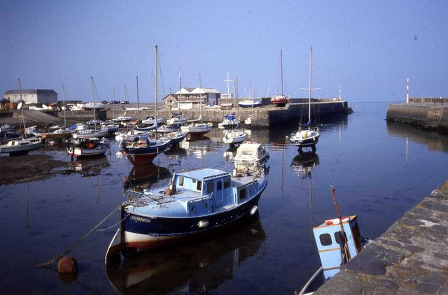 Harbour at Aberaeron - geograph.org.uk - 476782