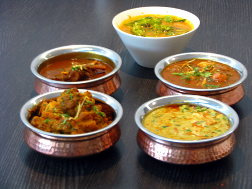 Different Curries Of The World