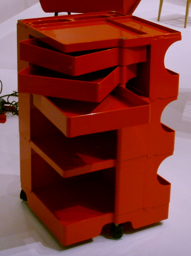 file joe colombo boby 3 portable storage system 1969 moma 01 jpg wikimedia commons. Black Bedroom Furniture Sets. Home Design Ideas