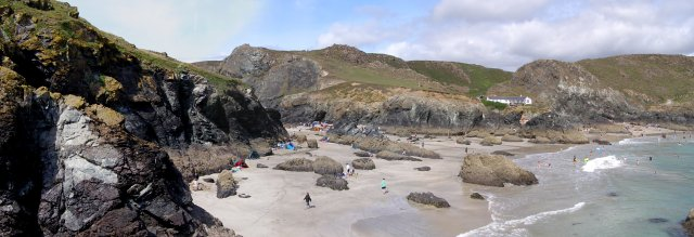 Kynance Cove at low tide - geograph.org.uk - 229584