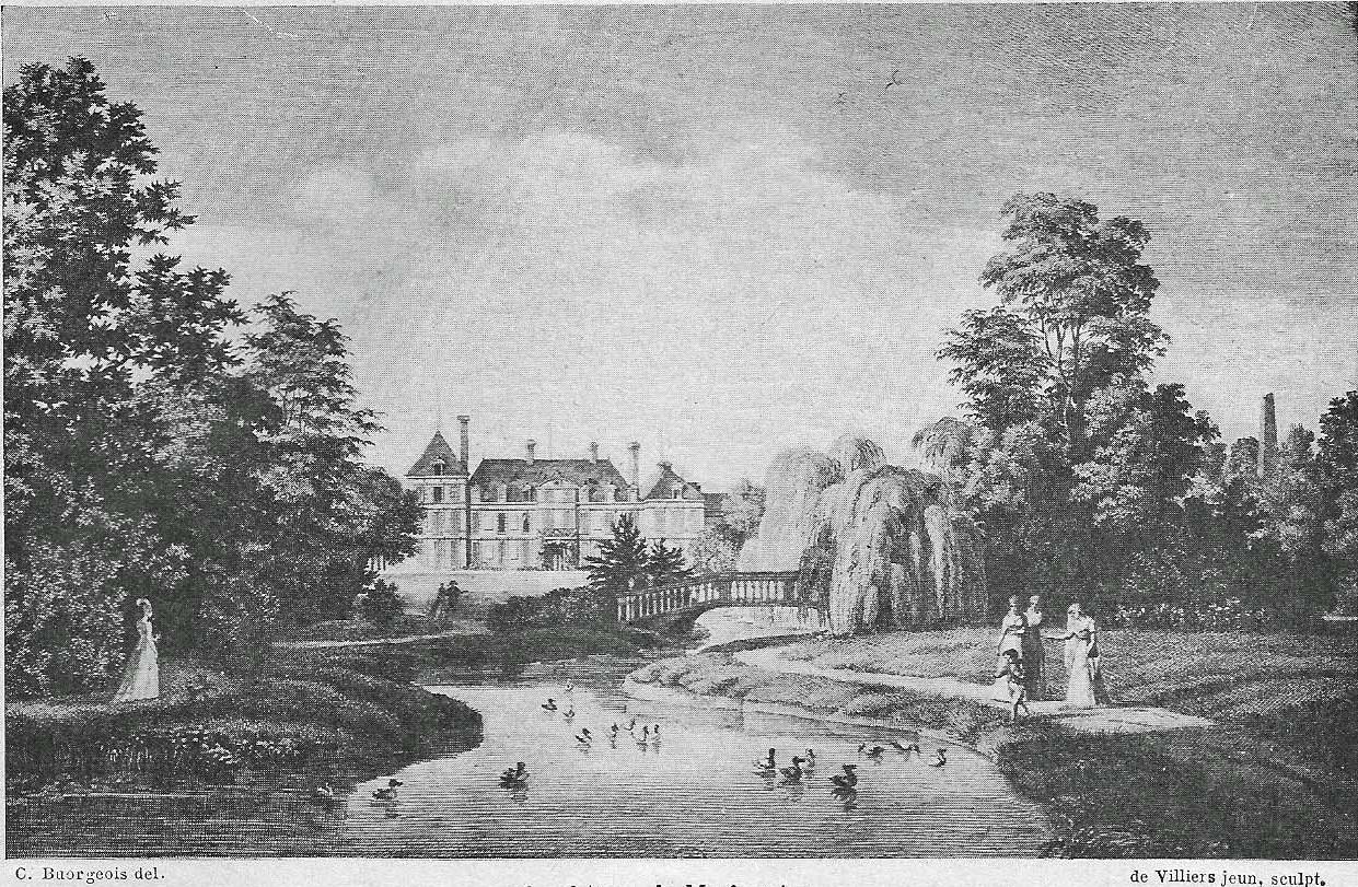 Gravure montrant un château à l'arrière-plan, vu du parc, avec de grands arbres encadrant un canal surmonté d'un petit pont en pierre.
