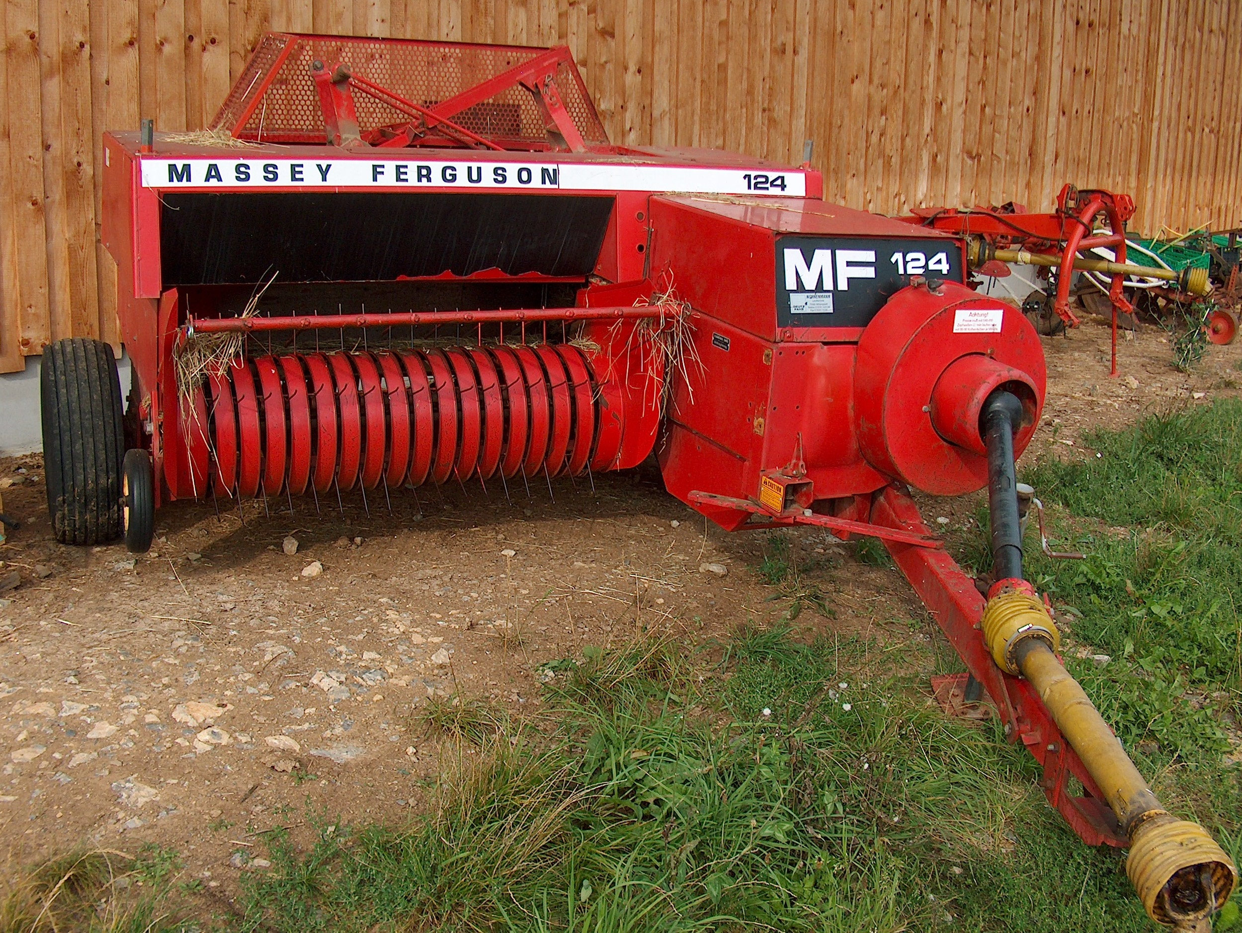 Circuit4diagram blogspot also Massey2005pc in addition Bomag 2010 P 555 further 11 87 Sid116 as well Gear Box 8 Speed. on massey ferguson 65 parts diagram