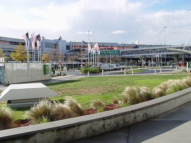 File:Melbourne Airport 2.jpg - Wikipedia