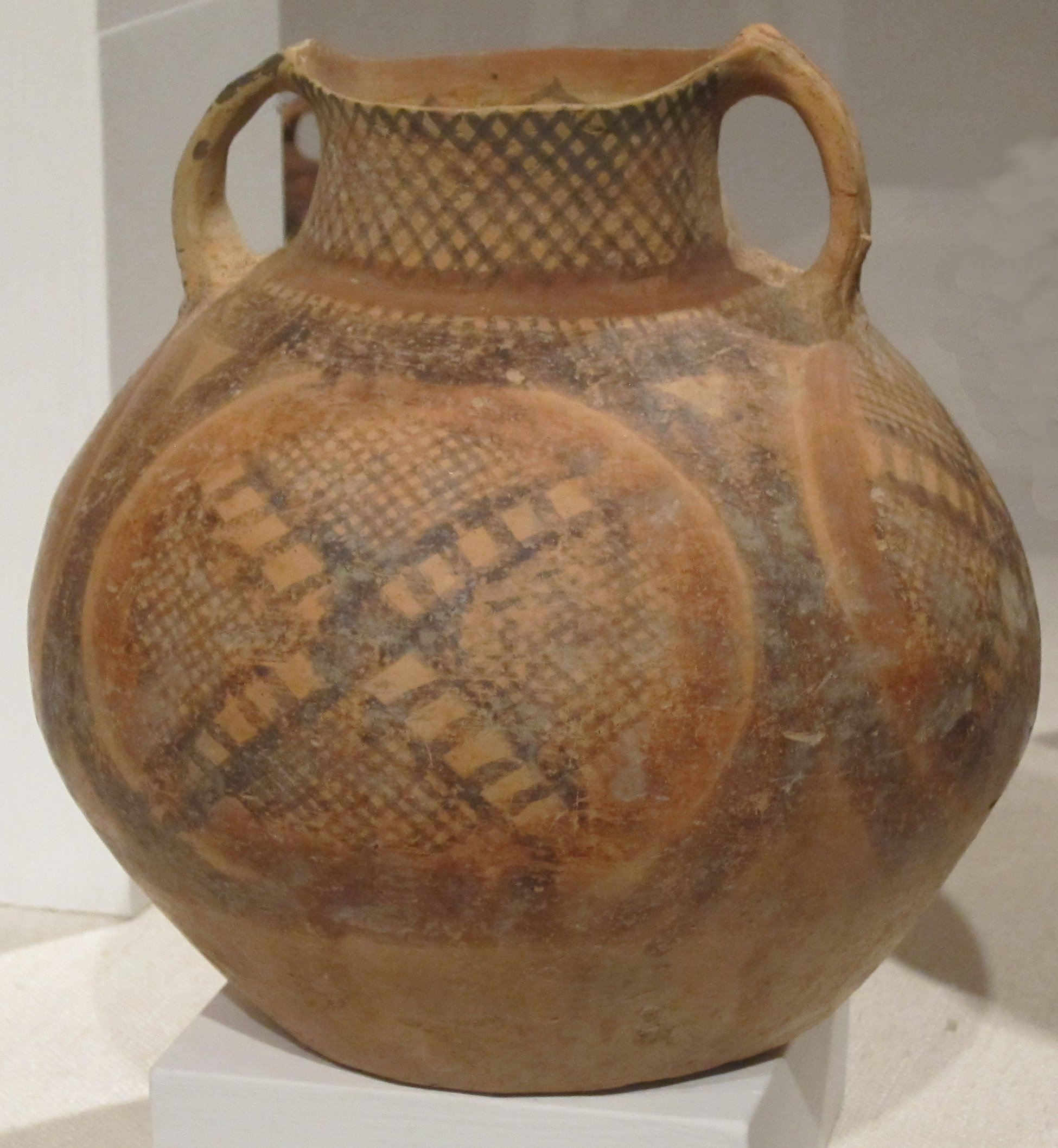 File:Neolithic Chinese pottery, John Young Museum of Art ...