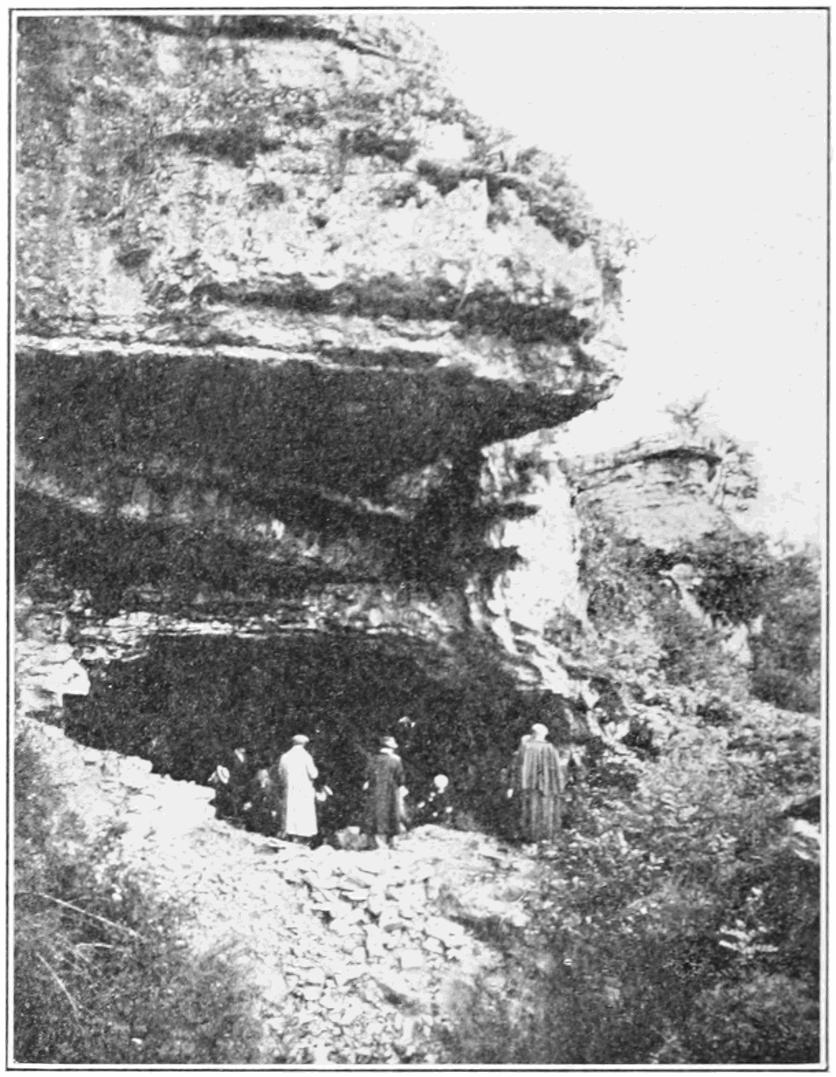 PSM V83 D010 Great cave of placard in charente.png