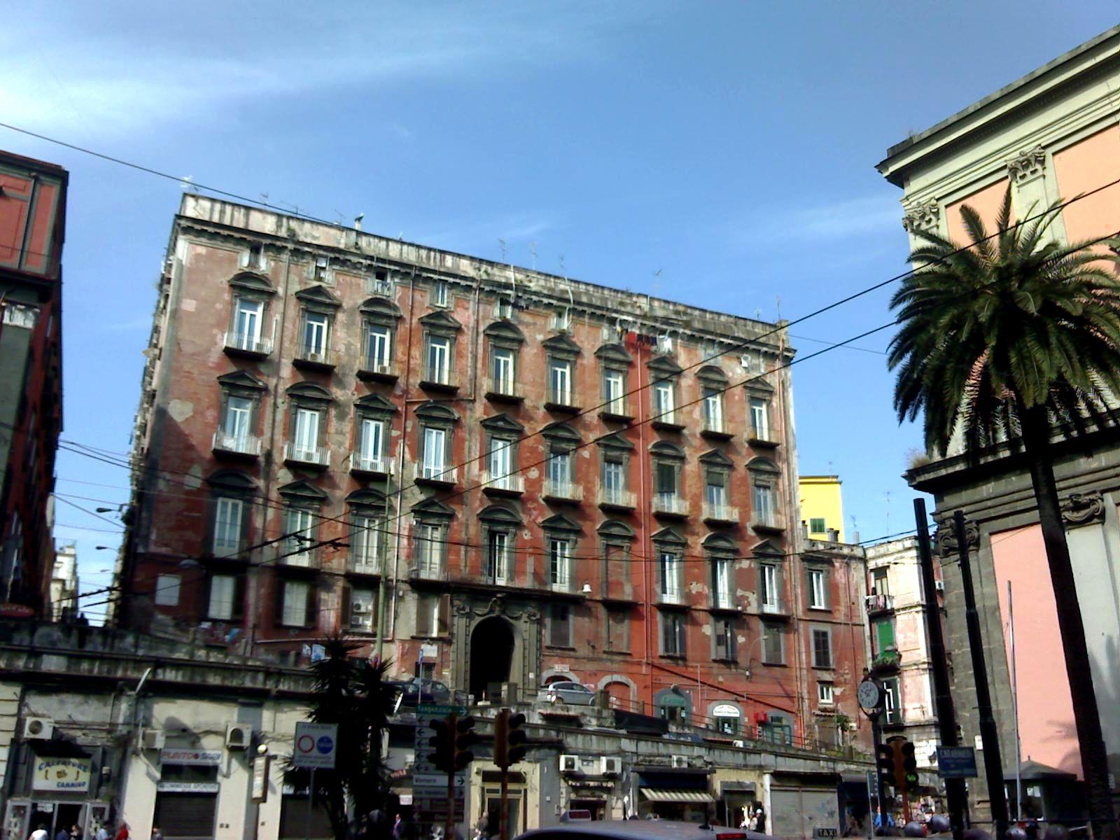 Hotel Avellino Con Piscina