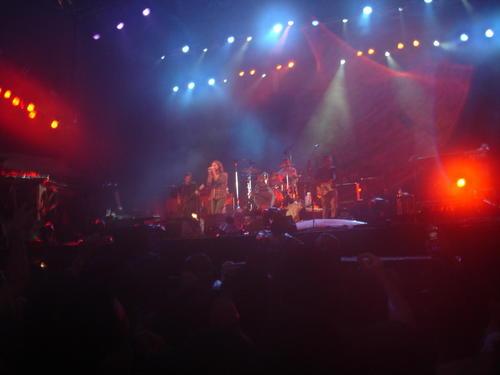 File:Pearl Jam live in Sao Paulo  Dec  2005 jpg - Wikimedia Commons