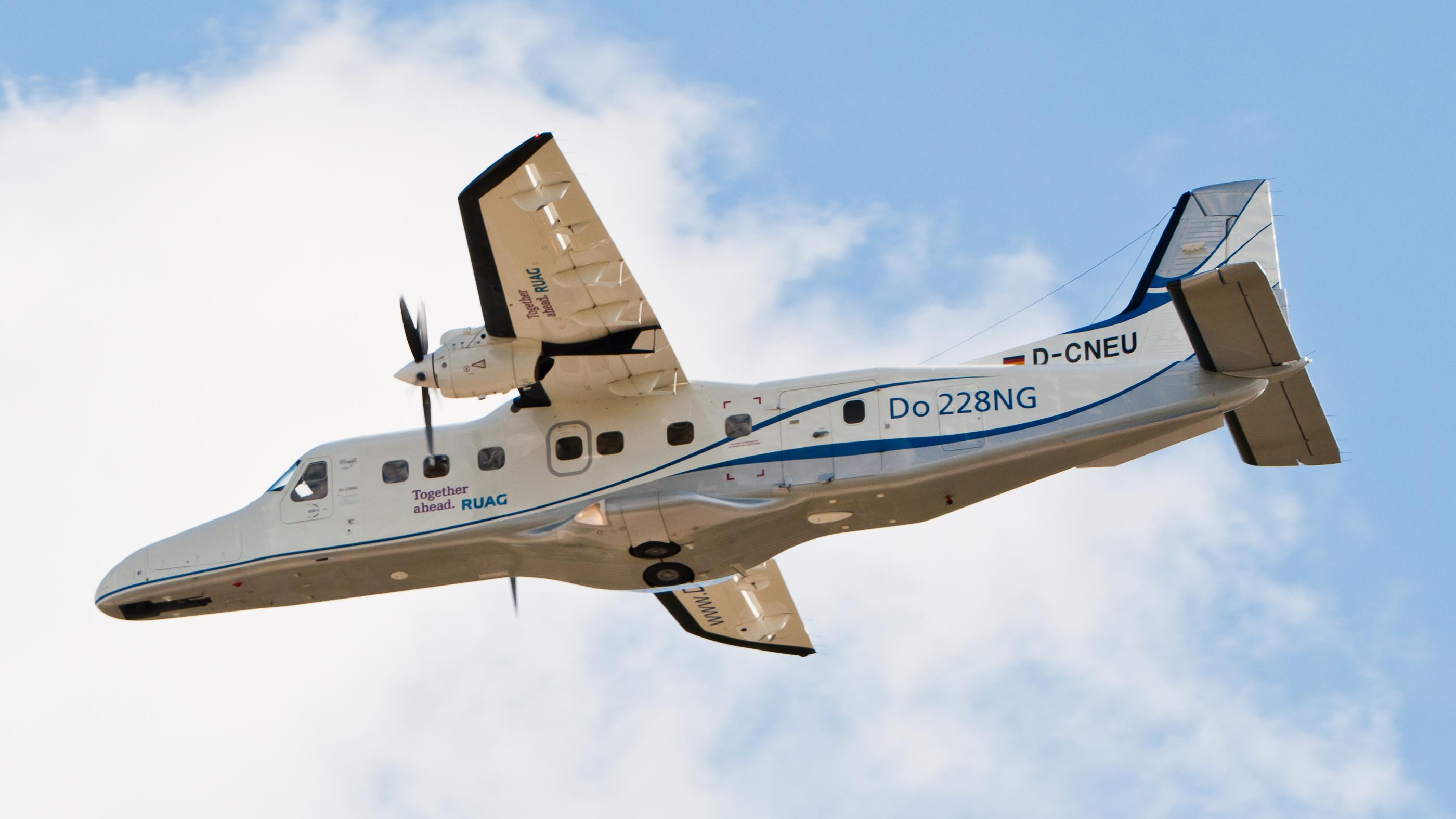 File ruag aviation do 228 ng d cneu 3 jpg wikimedia commons
