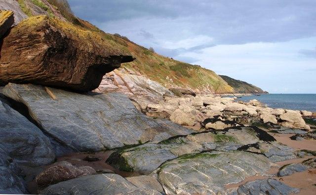 Rocks, Mansands beach, South Devon - geograph.org.uk - 1010434