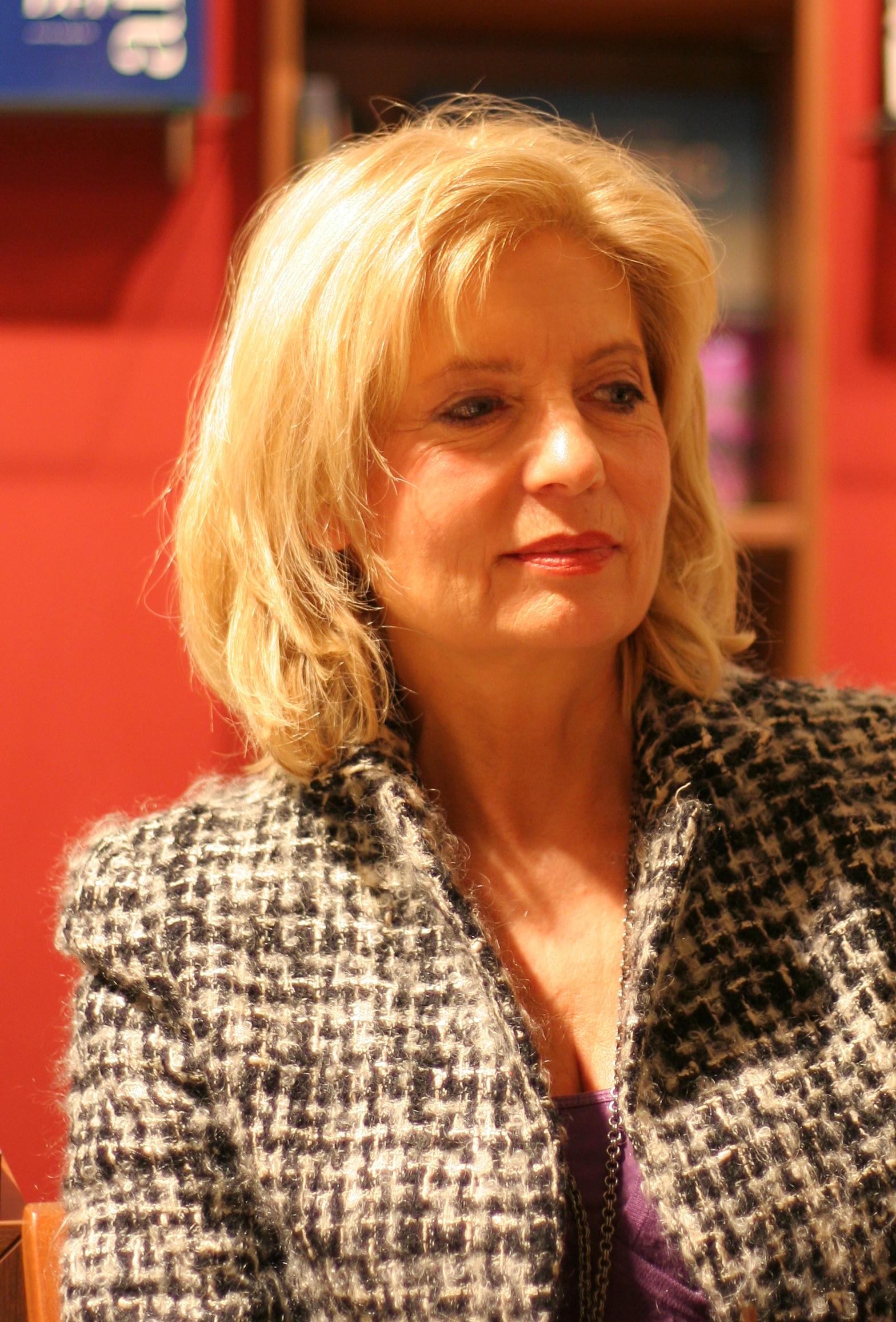 Sabine Postelt