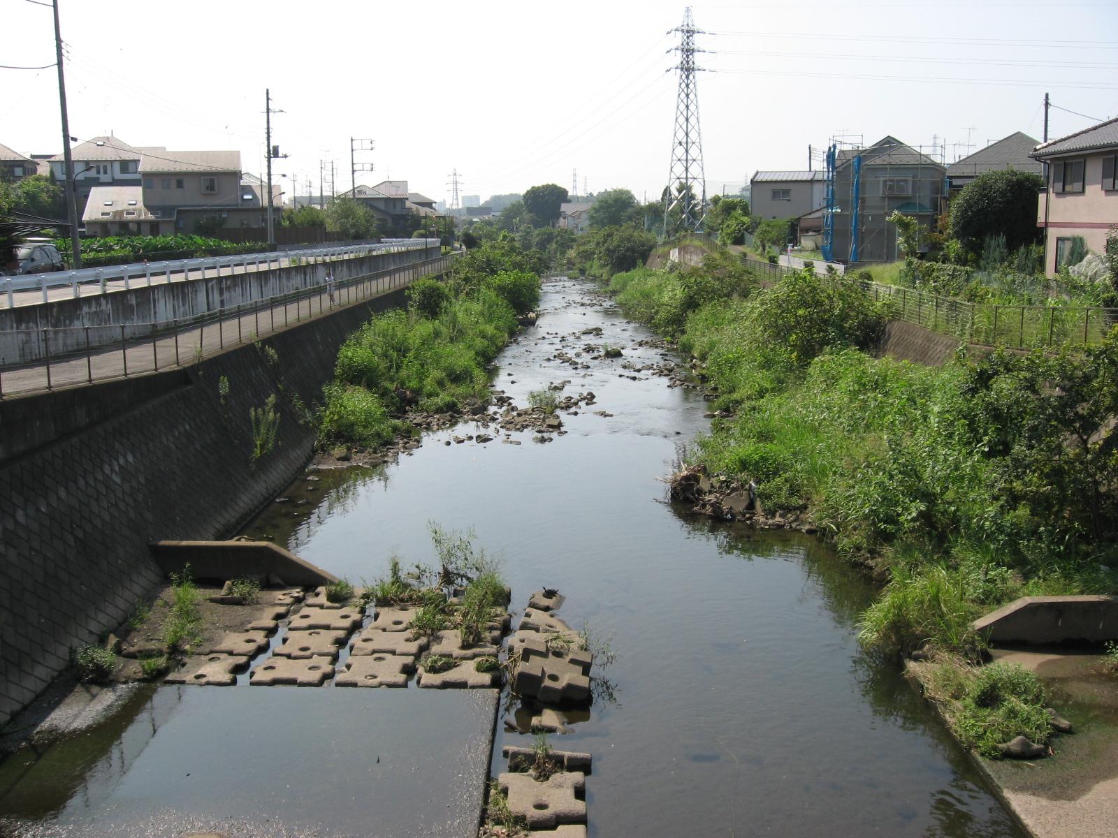 https://upload.wikimedia.org/wikipedia/commons/1/1e/Sakaigawa.JPEG