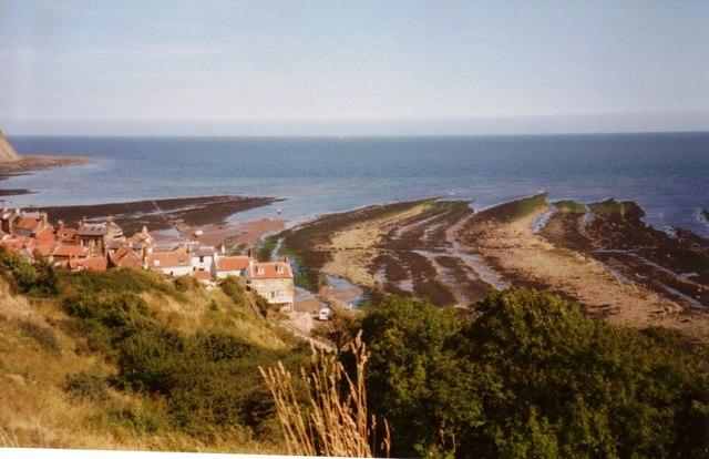 South of Robin Hood's Bay - geograph.org.uk - 587709
