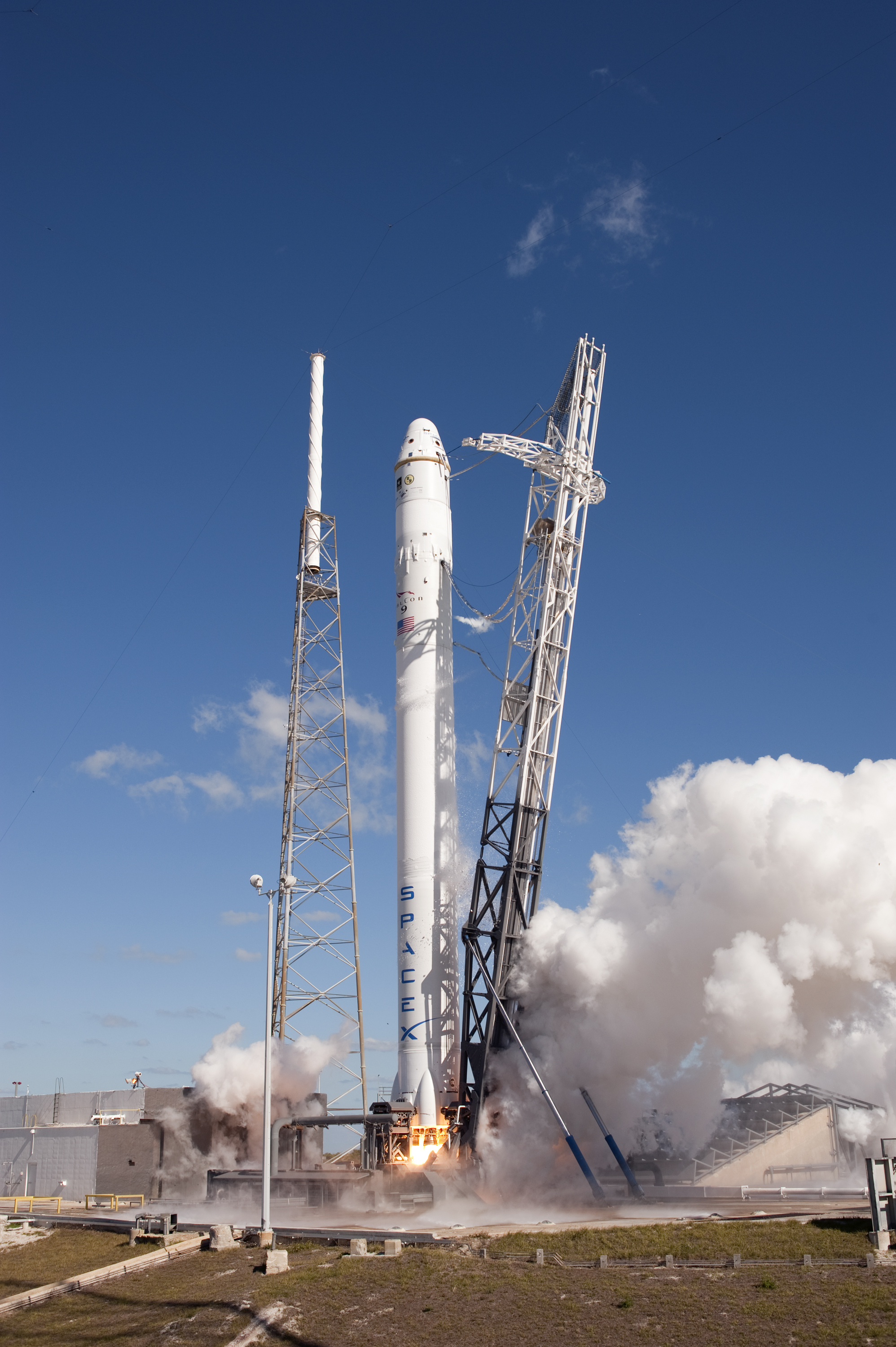 file spacex falcon 9 with dragon cots demo 1 during static fire test jpg