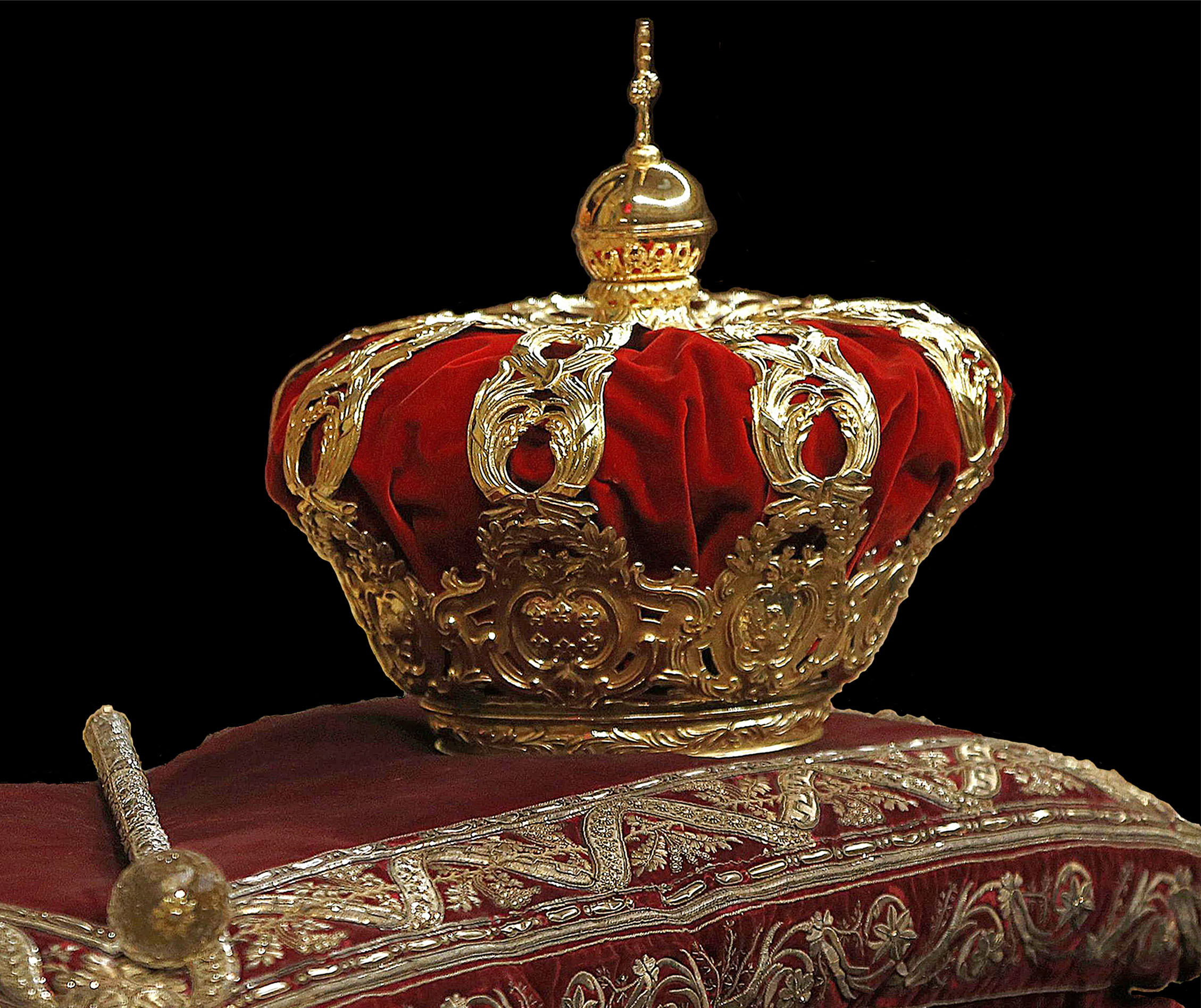 3dce14a73b52 Archivo Spanish Royal Crown 1crop.jpg - Wikipedia