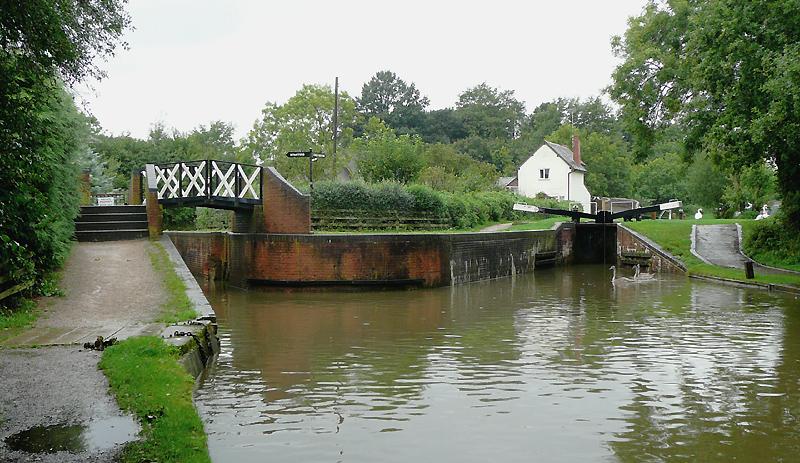Stratford-upon-Avon Canal at Kingswood Junction, Warwickshire - geograph.org.uk - 1712955