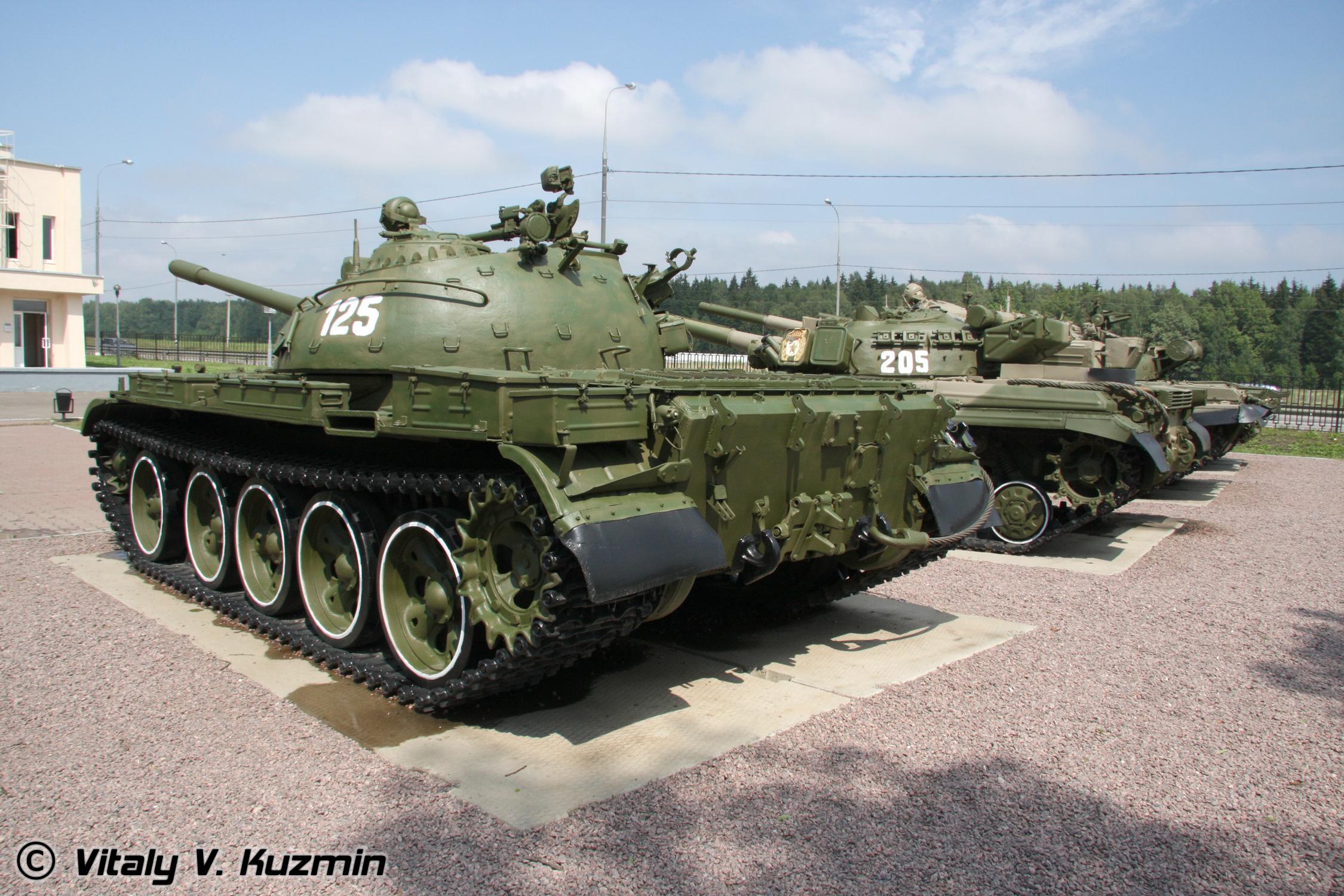 [Obrazek: T-34_Tank_History_Museum_%2881-24%29.jpg]