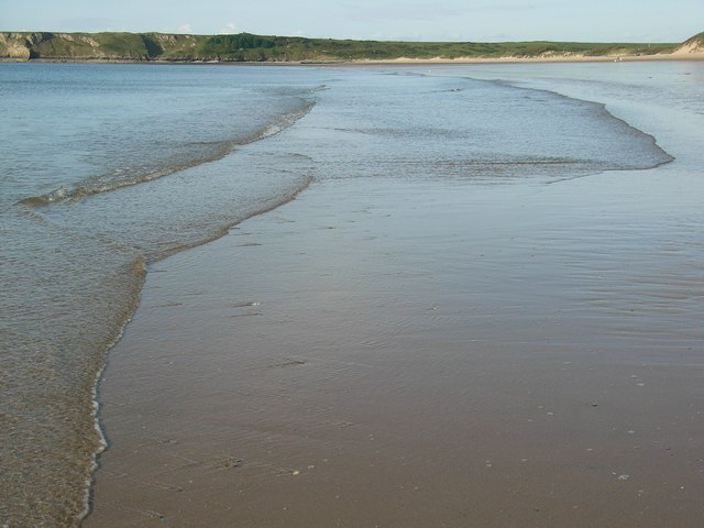Tides out at the South Beach - geograph.org.uk - 470832